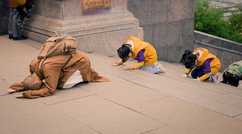 Hãy thẳng thắn tỏ ra mình là Phật tử trong bất cứ trường hợp nào 4