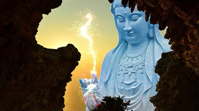 Bồ Tát Quan Âm chỉ dạy cho chúng sinh về cách niệm Phật