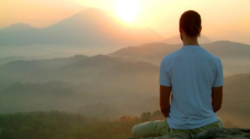 Tạm thời nhân nhượng vì lợi ích tập thể phải chăng là tinh thần vô ngã?