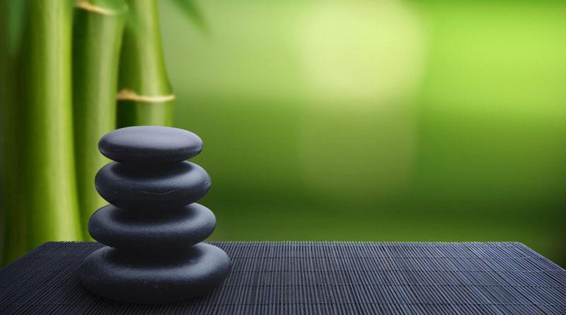 Thiền Minh Sát: Người ấy quan sát - Người ấy trong vắt