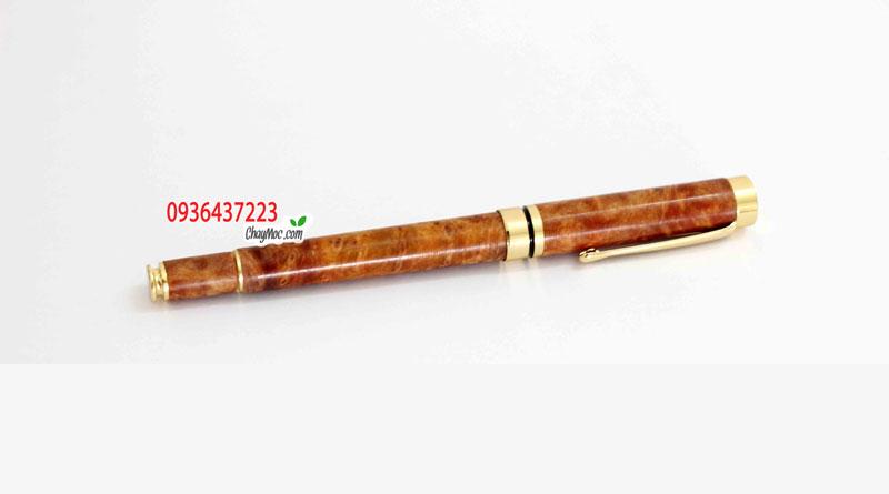 Bút ký gỗ nu huyết long