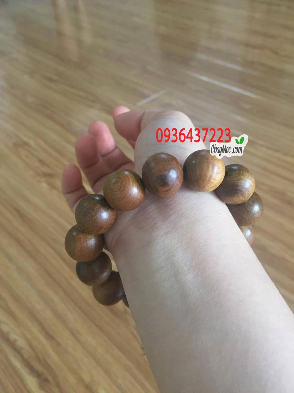 Vòng tay gỗ bách xanh